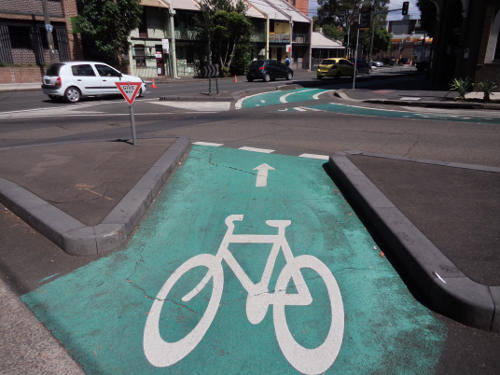 20180129-cyclist-give-way-sign-at-wattle-st-ultimo-29jan2018.jpg